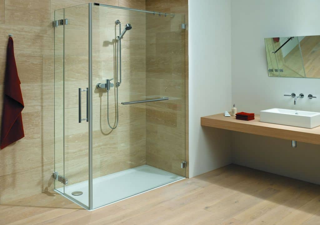 дизайн ванной с душевой