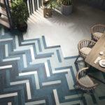 Яркий тренд в дизайне интерьера: укладка плитки «елочкой»