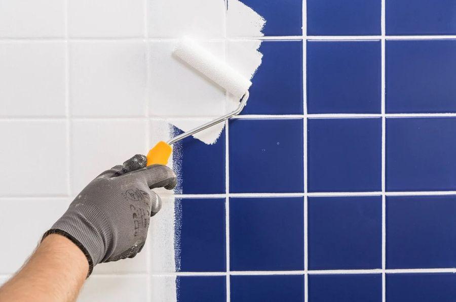 Перекрасить плитку в ванной