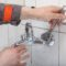 Капает кран в ванной как починить — всё о сантехнике