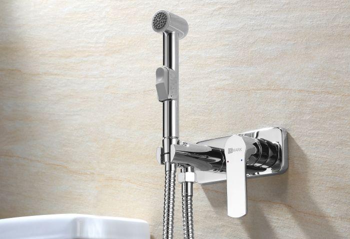 смеситель для гигиенического душа в туалете